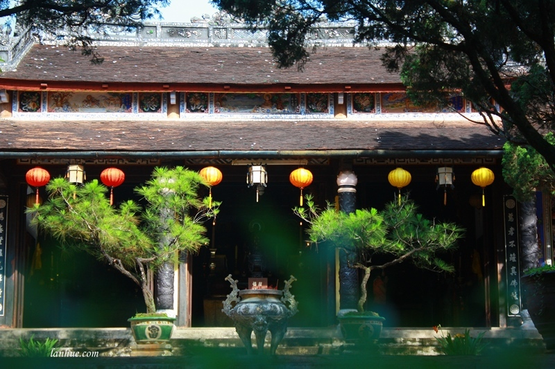 lan_hue_tu_hieu_pagoda_zen_monastery6