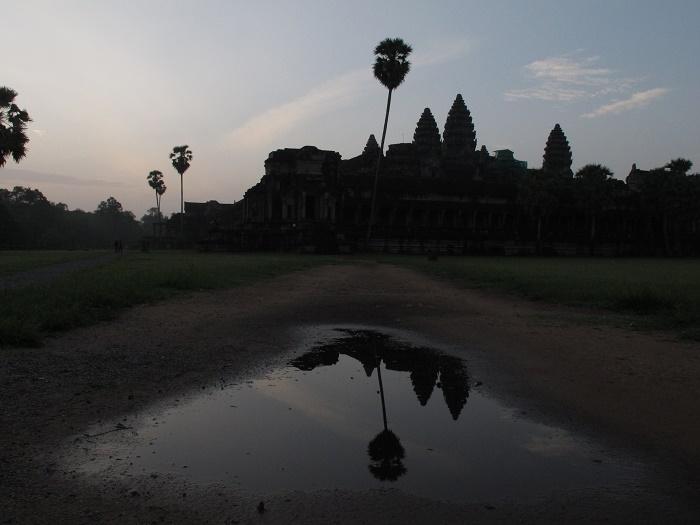 lan_hue_angkor_wat_cambodia-1