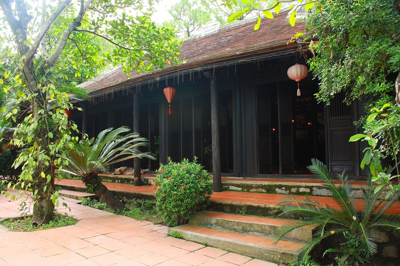lan_hue_nha_ruong_panel_house