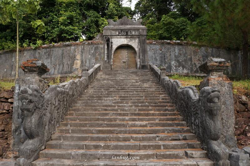 The grave of Emperor Thiệu Trị