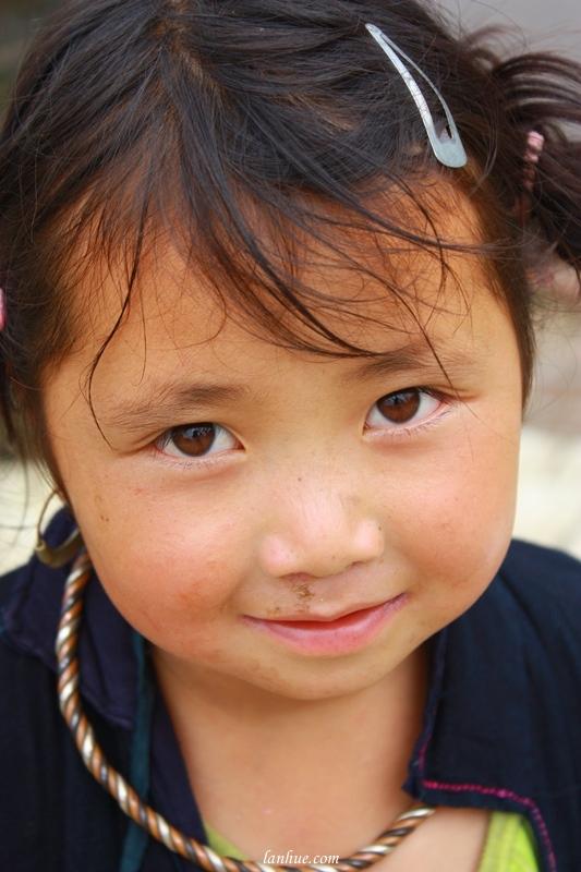 A H'Mong little girl