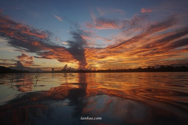 sunrise on Hương River