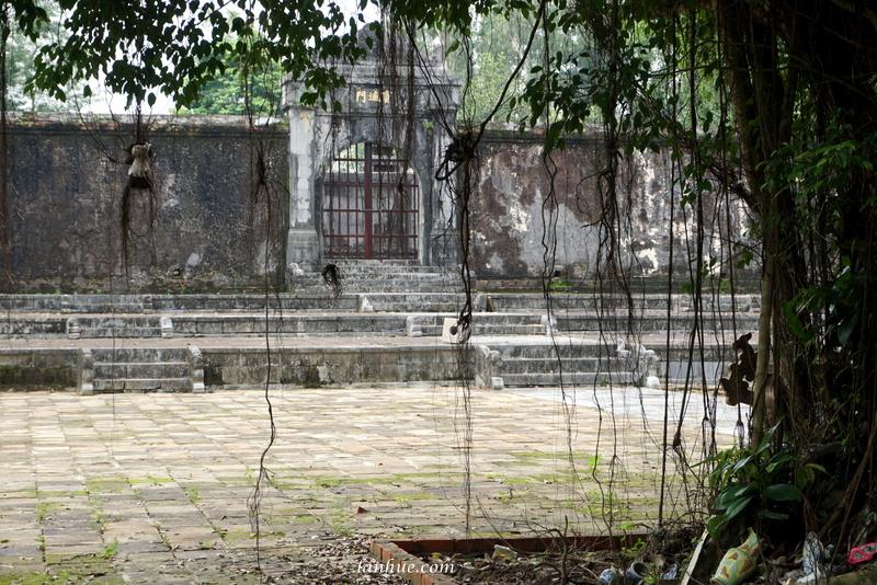 The tomb of Hiếu Đông