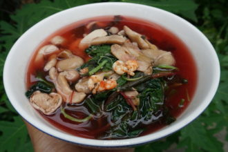 Nấm tràm clear soup with different leaves