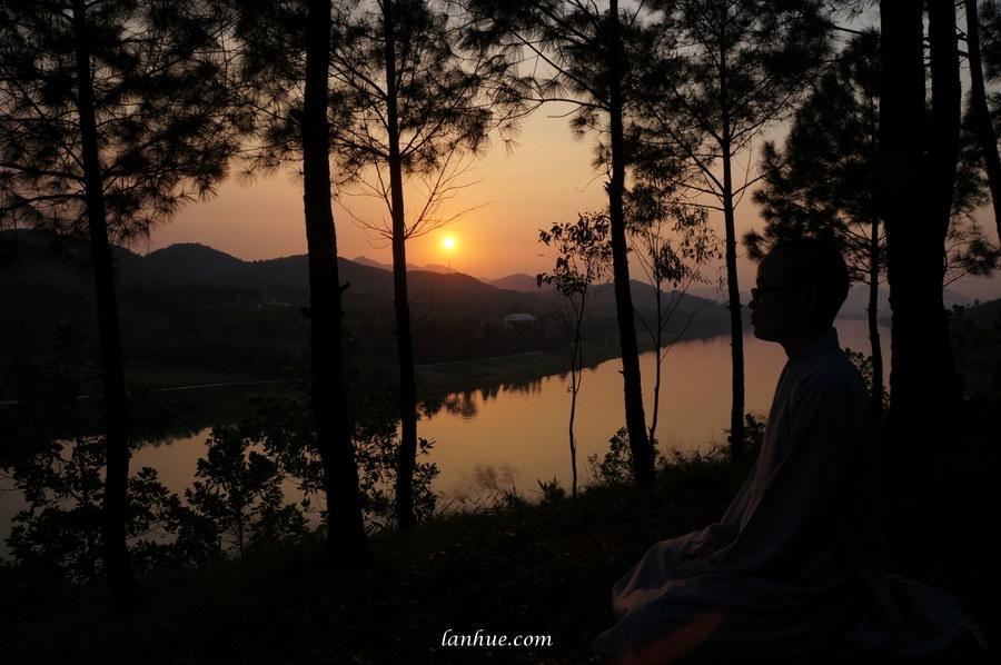 Vọng Cảnh Hill, sunset