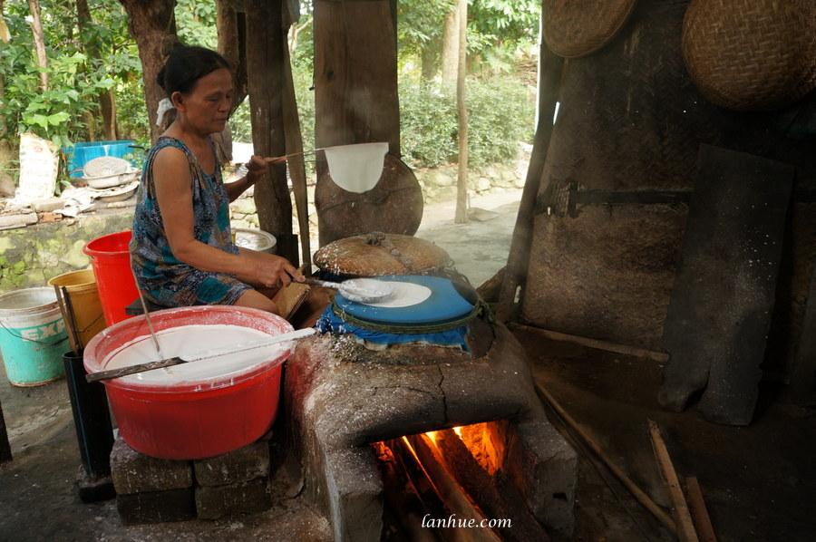 rice paper maker