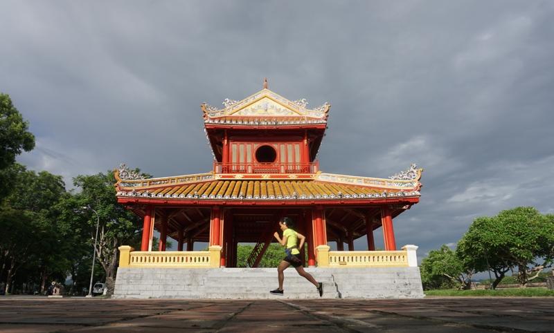 phu van lau, hue city, hue half marathon