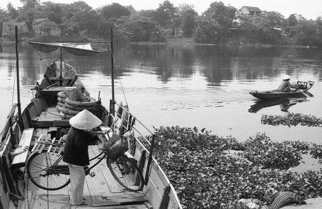 lan hue, huong river, bao vinh