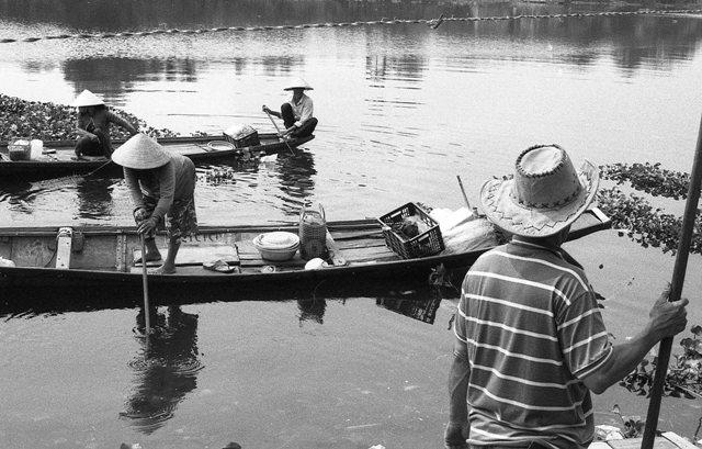 lan hue, huong river