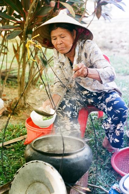 lan hue, noodle woman